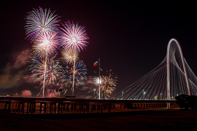 Diner en Blanc Dallas Pyrotex fireworks